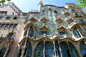 casa mila - Best Cultural Activities in Barcelona